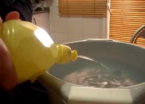 como limpiar un abrigo en casa