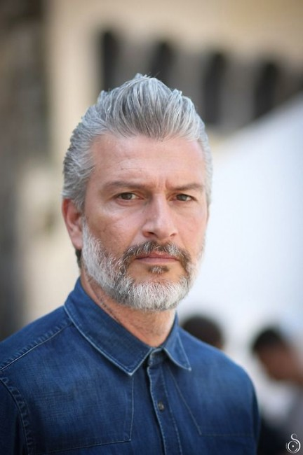 barba hombre blanca