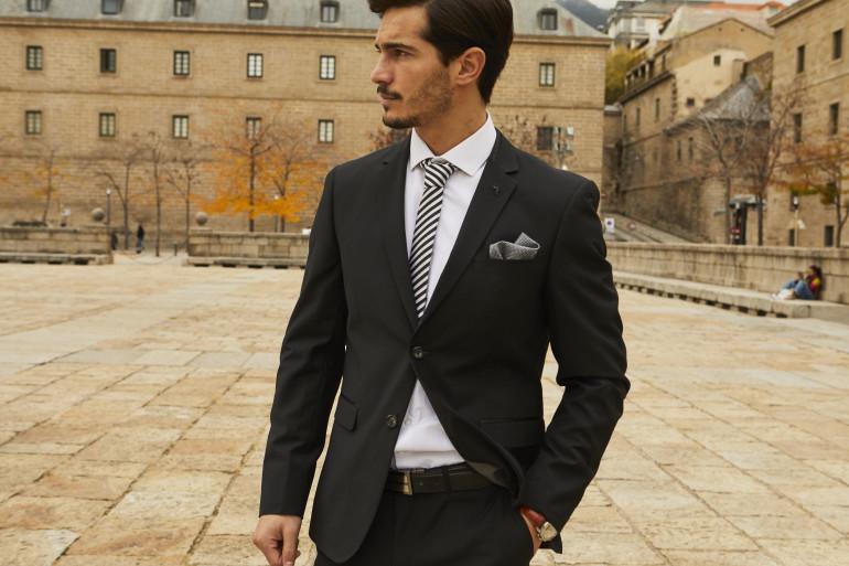 Hombre Como Vestir Para Un Evento De Noche El Blog De El Bigotero Blog Para Hombres De Nunez De Arenas